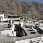 tibet drepung rooftops